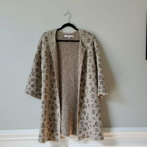 CUPCAKES & CASHMERE | Leopard Cardigan Duster | S